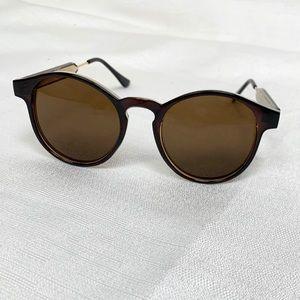 NWOT Round frame sunglasses unisex